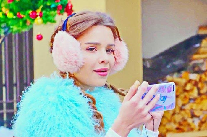 Мария Вэй в фильме Новогодний переполох