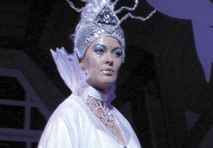 Мария Кленская в спектакле Снежная королева