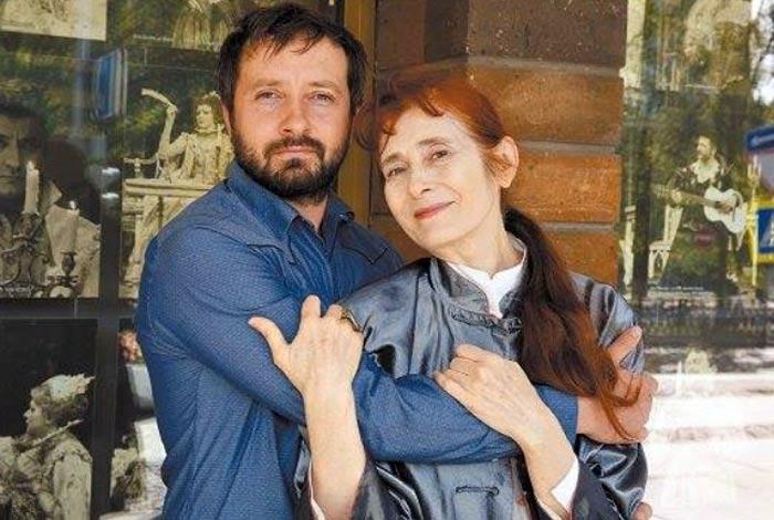 Наталья Коляканова и сын Даниил Белых