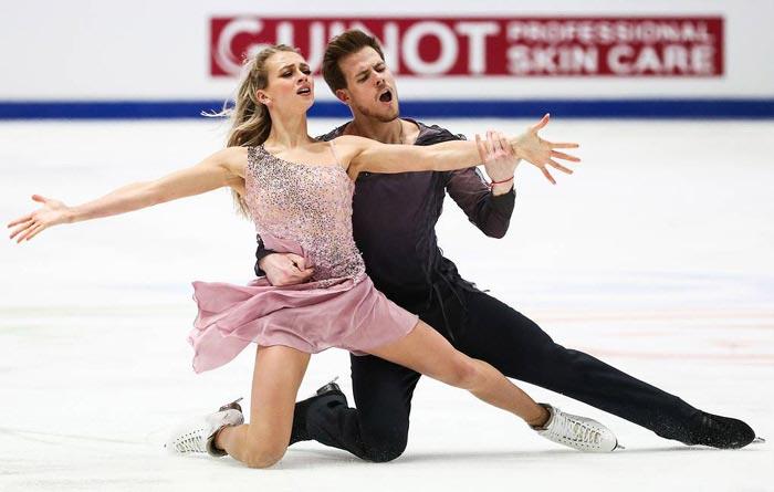 Никита Кацалапов и Виктория Синицина на льду