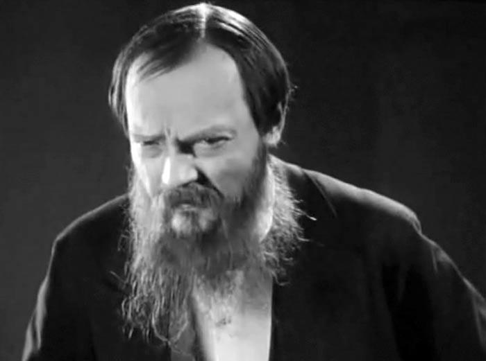Николай Хмелев в фильме Мертвый дом