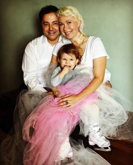 Оксана Баюл муж Карло Фарина дочь София