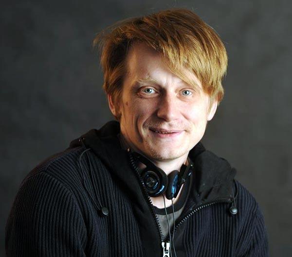актер Олег Ягодин