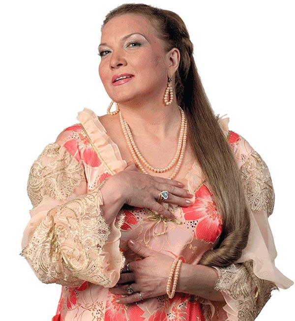 певица Людмила Николаева