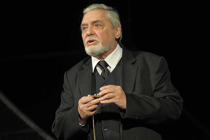 актёр Ростислав Иванович Янковский