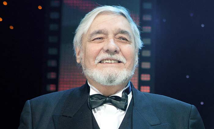 актёр Ростислав Янковский