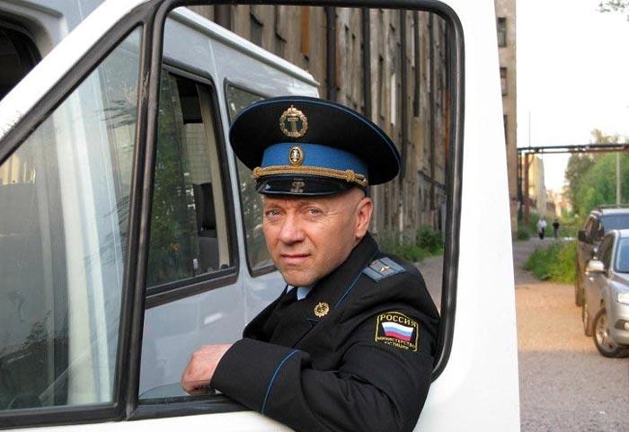 Сергей Гамов в сериале Приставы