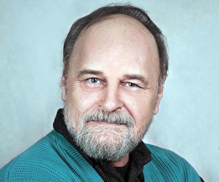 актер Сергей Коноплев