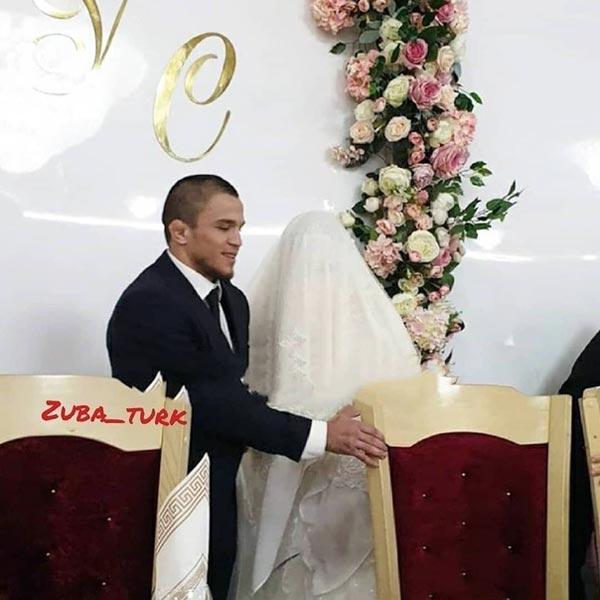 Умар Нурмагомедов с женой