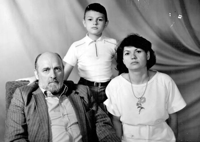 Виктор Трегубович с женой и дочерью