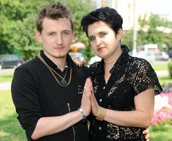 Влад Кадони и мать Елена Голунова