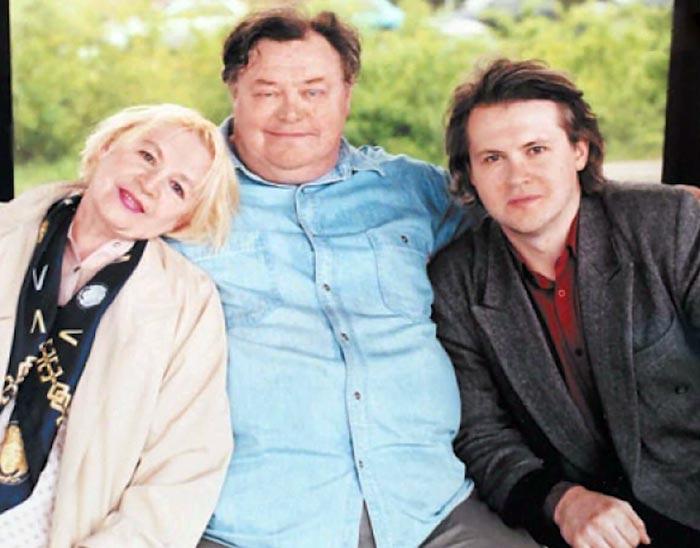 Вячеслав Невинный младший с родителями