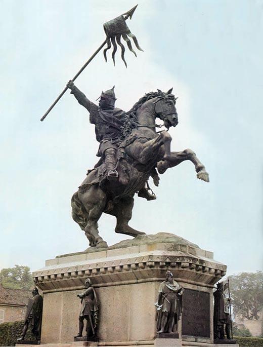 памятник Вильгельму I Завоевателю в Фалезе