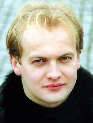 Владимир Овчаров