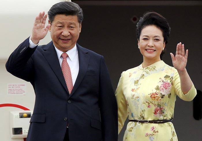 Си Цзиньпин и жена Пэн Лиюань