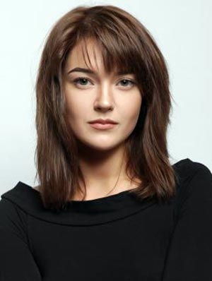 Яна Комарова