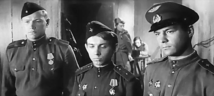 Юрий Гончаров Хроника пикирующего бомбардировщика