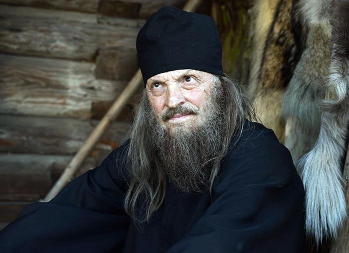 Юрий Орлов в сериале Опасный круиз