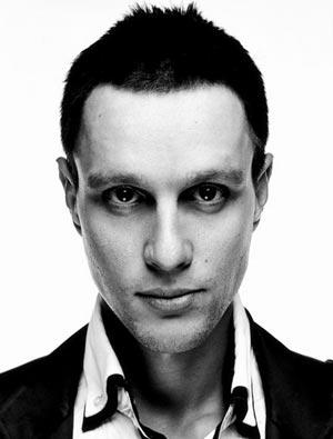 Илья Ларионов