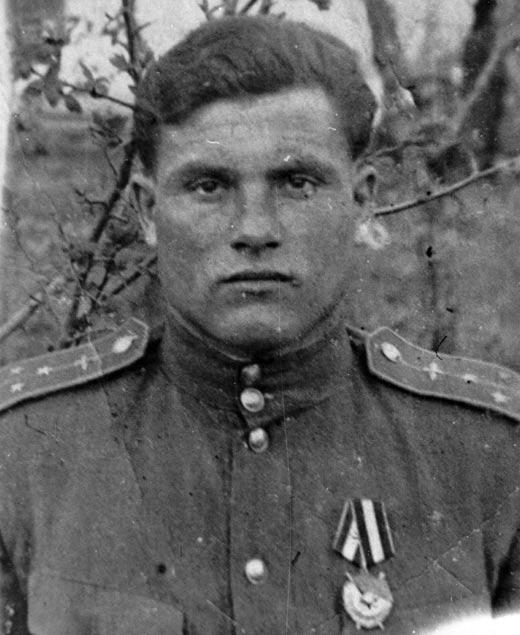 Михаил Девятаев в молодости