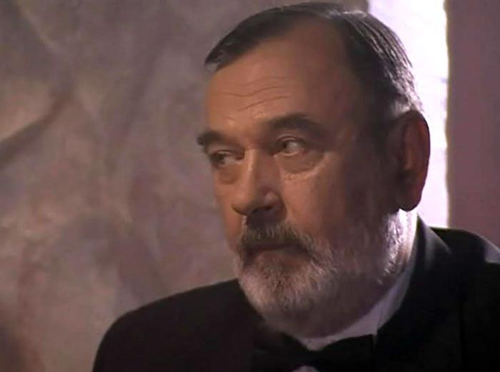 Николай Маликов в сериале Очарование зла