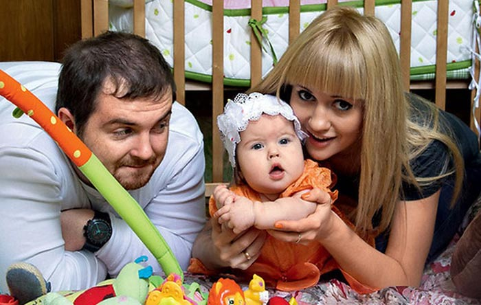 Павел Сердюк и Анна Руднева с дочерью