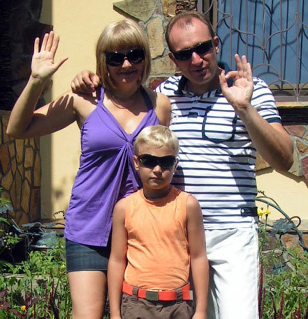 Святослав Ещенко с женой и сыном