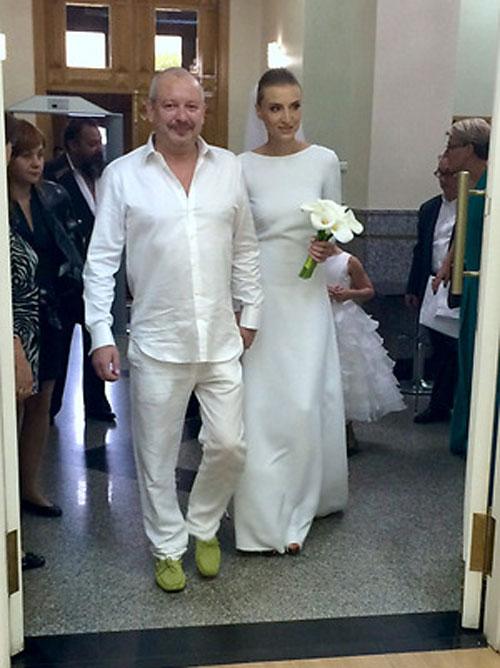 Дмитрий Марьянов с женой Ксенией 3