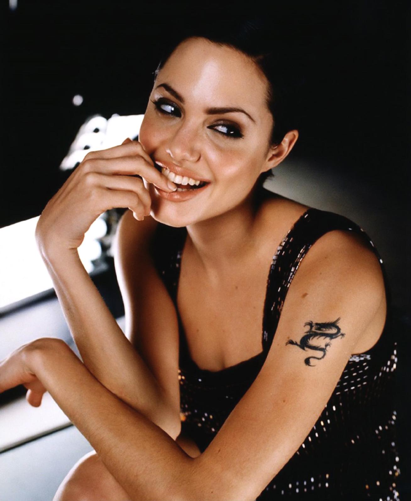 Анджелина Джоли 2
