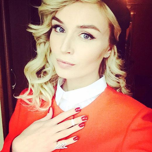Полина Гагарина спела Million Voices на русском языке