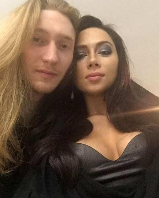 Самбурская и Александр Иванов