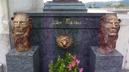могильная плита Жана Маре