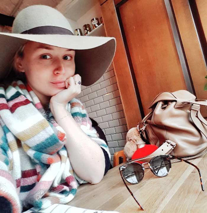 Беременная Полина Гагарина без макияжа