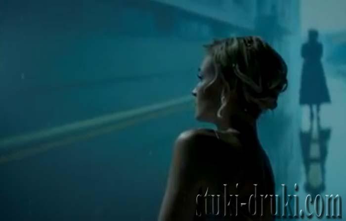 Полина Гагарина в клипе Обезоружена
