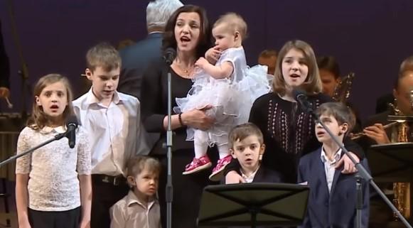 Ирина Леонова и ее семеро детей