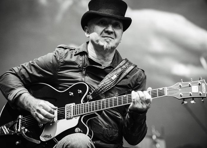 гитарист Игорь Хомич