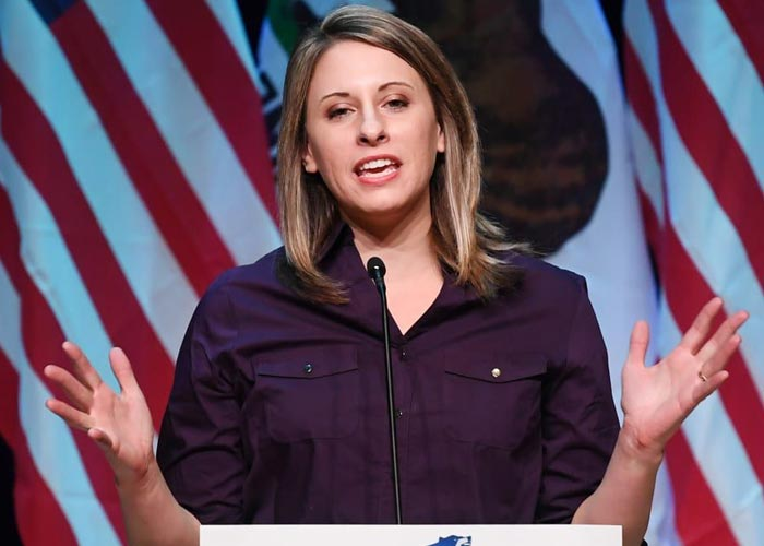 конгрессвумен Кэти Хилл