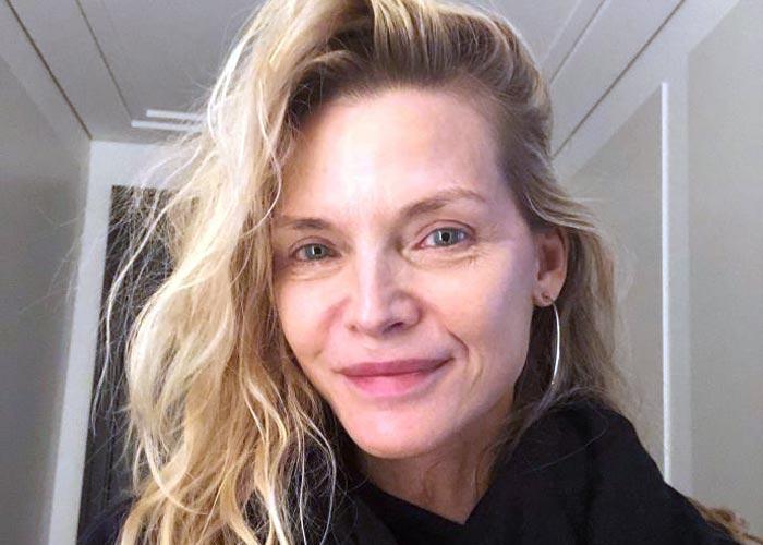 61-летняя Мишель Пфайффер без макияжа