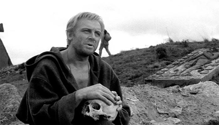 Кадр из фильма Гамлет
