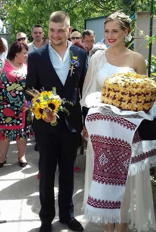 дочь Дмитрия Яроша с женихом